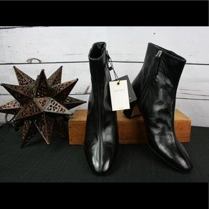 NWT- Zara black leather ankle boots!